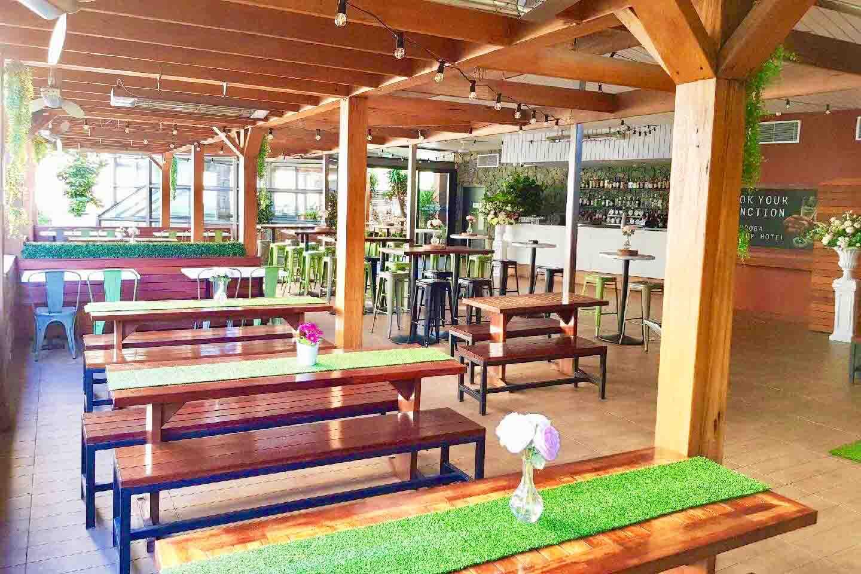 Aurora Rooftop Hotel – Sports Bars