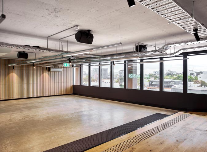 MicDrop Richmond – Collaborative Co-working Spaces