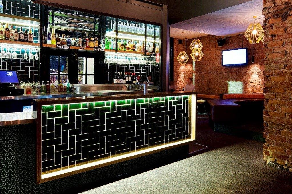 Richmond Club Hotel <br/> Amazing Sports Bars