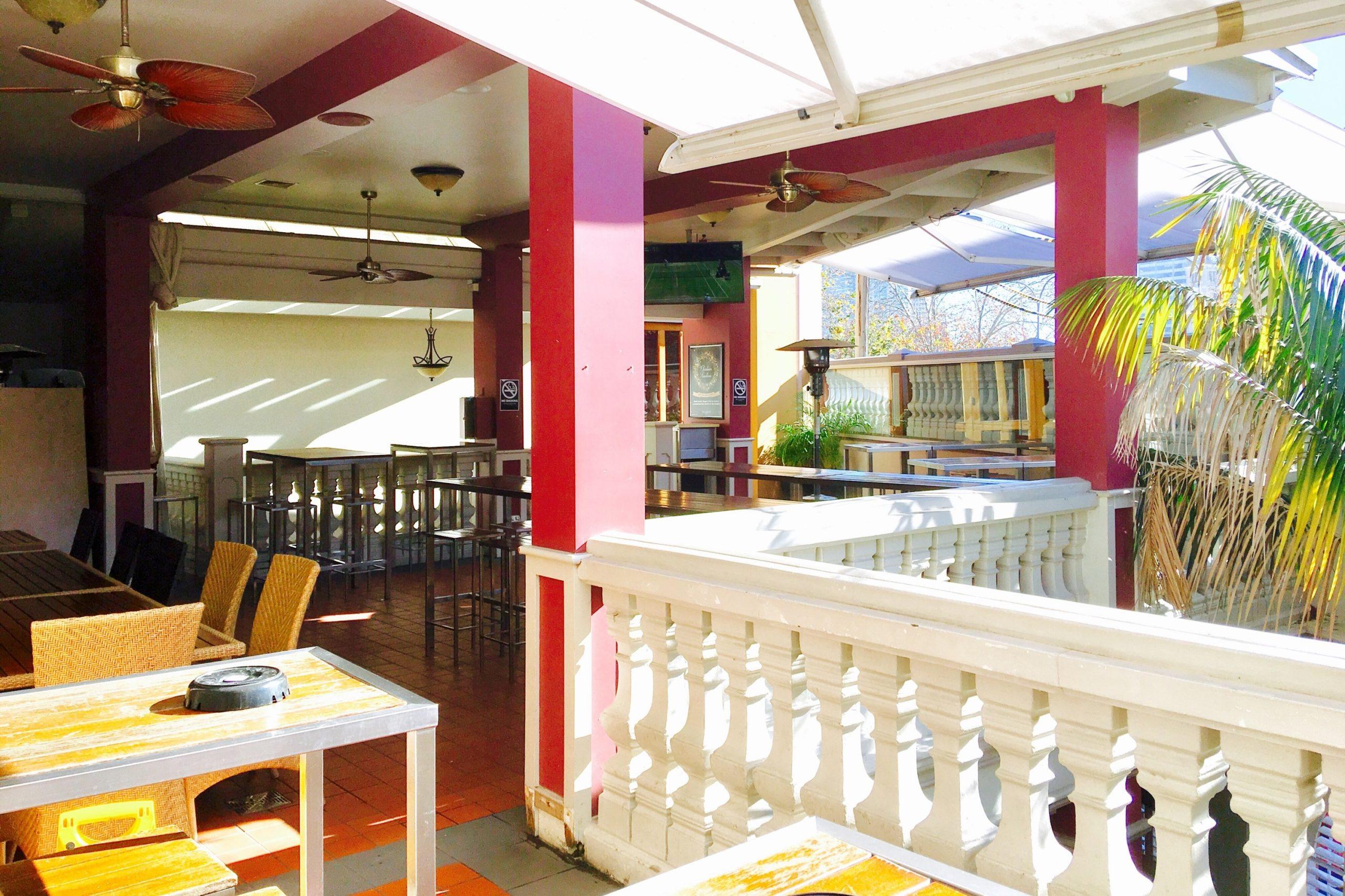 Royal Exhibition Hotel <br/> Best Pubs