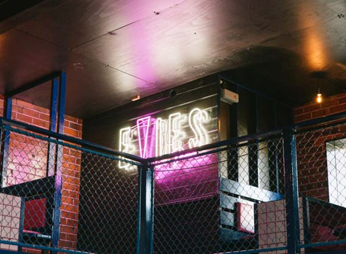 Evie's Disco Diner – 80s Themed Bars