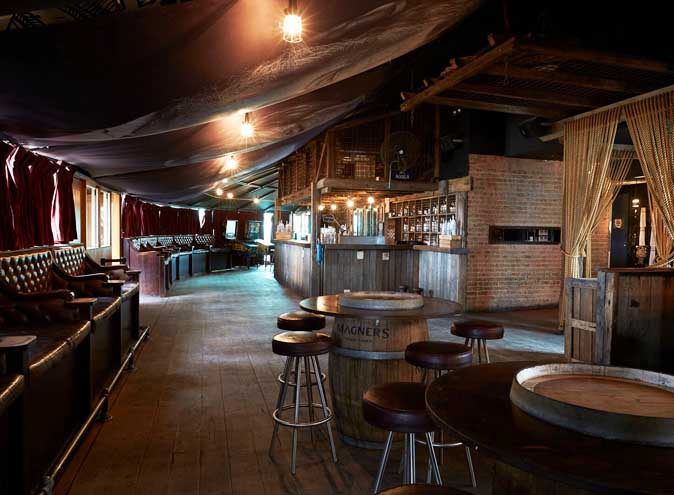 Moonshine Bar – Live Music Venues