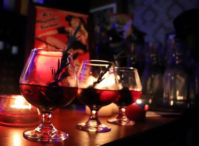 Top Hat Bar <br/> Hidden Magic Bars