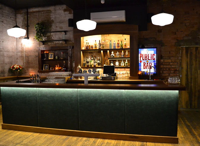 Polly Bar<br/> Exclusive Event Venues