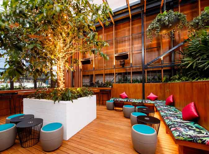 The Osbourne Hotel – Large Outdoor Bars