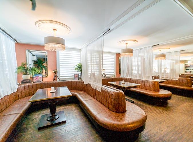 Darlo Country Club <br/> Late Night Bars