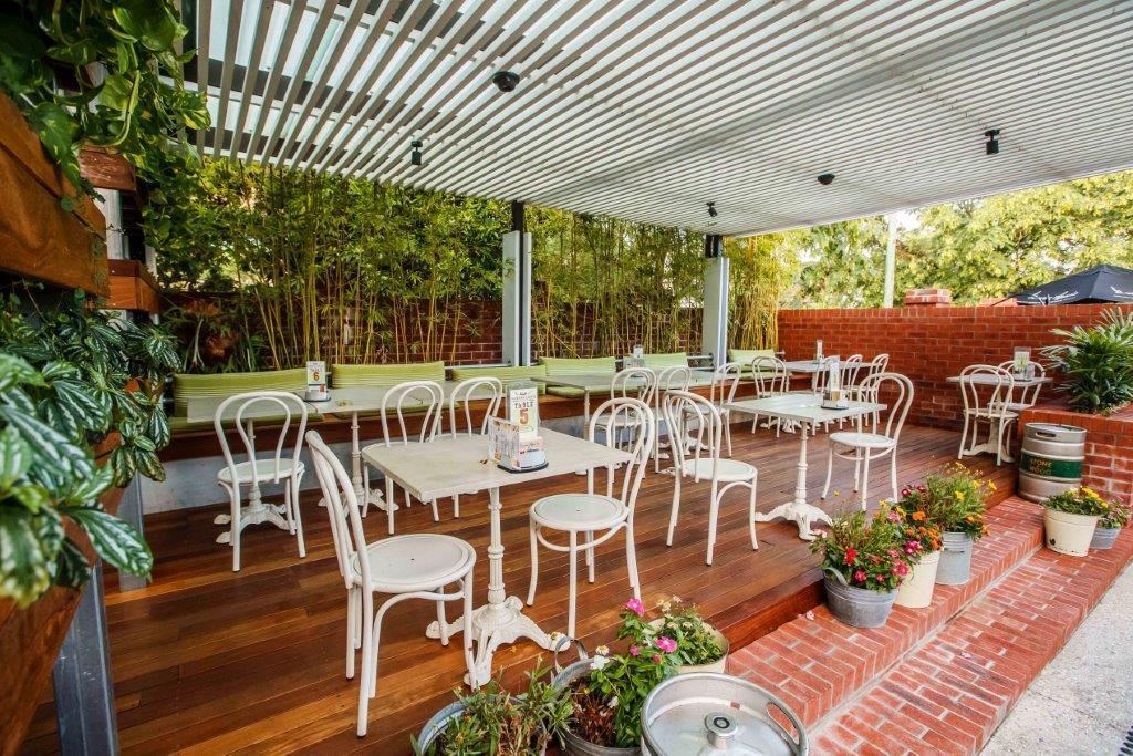 Norman Hotel Restaurants Woolloongabba Restaurant Brisbane Steak Best Top Good Pub Pubs Outdoor Private Group Dining Client Alfresco Casual Cool 003