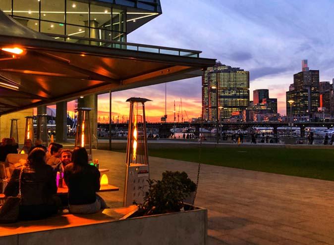 Planar Bar & Restaurant – Waterfront Dining