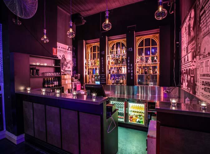 56-Bricks-bar-windsor-south-yarra-bars-Melbourne-hidden-laneway-club-nightclub-slubs-late-rnb-hip-hop-chapel-best-fun-good-012