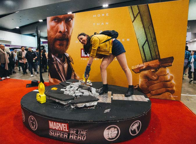 6brisbane-sydney-oz-comic-con-events-marvel-avengers-weekend-thor-hammer