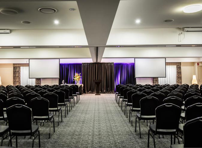 Foothills-function-venues-Melbourne-rooms-mooroolbark-venue-hire-party-room-birthday-seminar-conference-wedding-engagement-outdoor-suburban-013