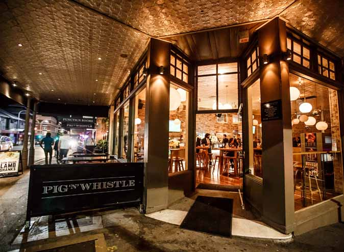 Pig 'N' Whistle Brunswick St – Bars
