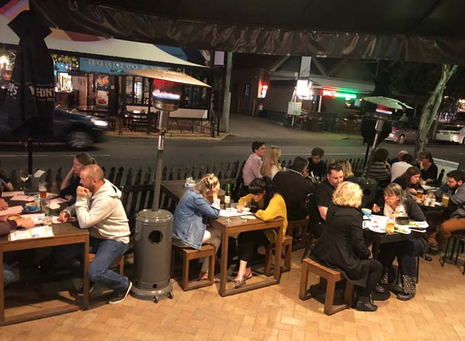 The-Brass-Barrel-bar-paddington-brisbane-bars-hidden-laneway-pub-pubs-sports-family-kids-fun-small-intimate-late-night-food-kitchen-010