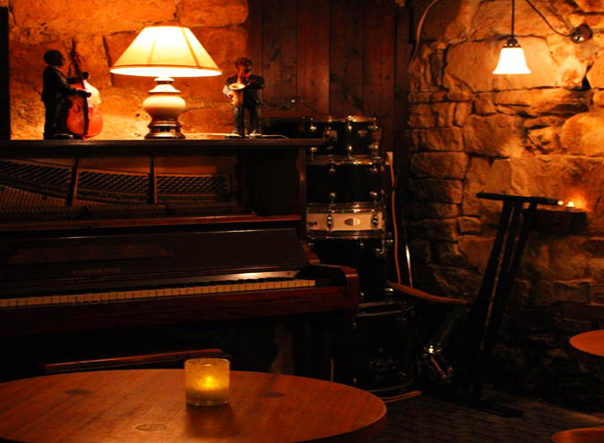 downtown-bar-commons-local-eating-house-jazz-venue-best-entertainment-live-jazz-sydney