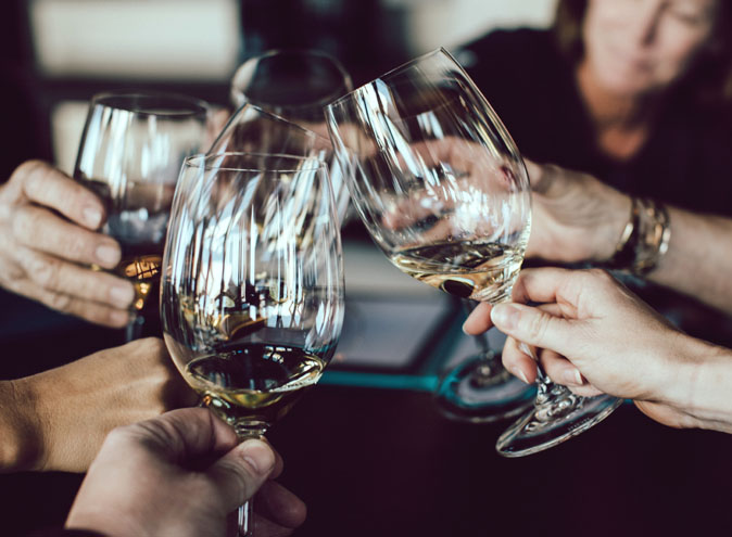whats-on-guide-week-august-sydney-weekly-event-events-wine-pop-up-bar-drinks-alcohol-beer-spirits-gledswood-winery-cellar-food-restaurant-yum-top