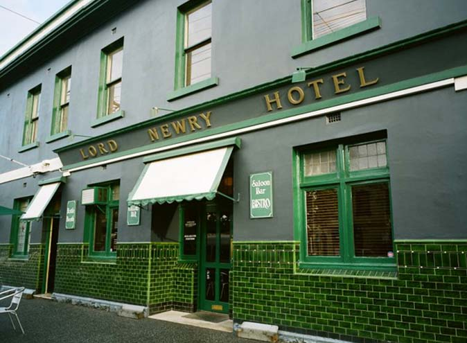 Lord Newry Hotel <br/> Top Northside Bars