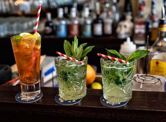 Swallow Bar – Good Courtyard Bars