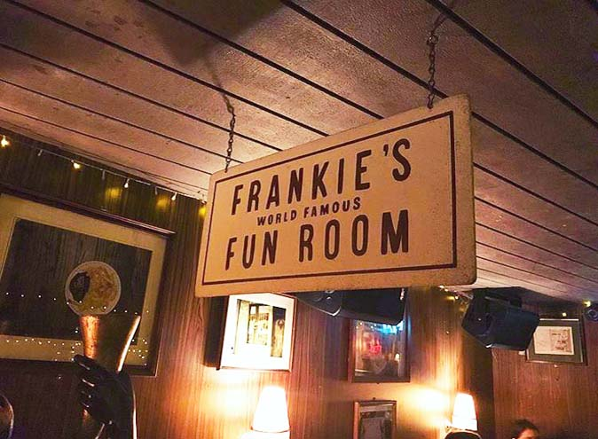 Frankie's Pizza – Best Live Music Bars