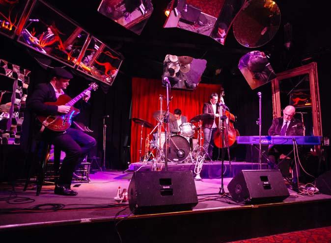 Lazybones Lounge <br/> Live Music Bars