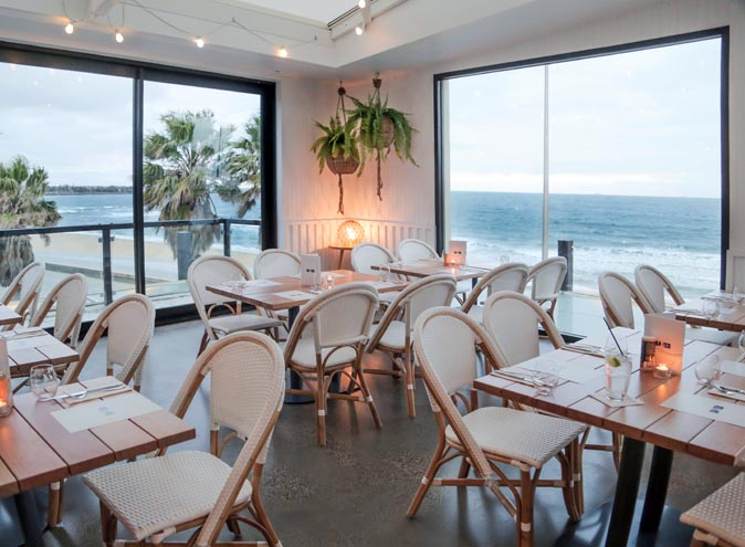 5 Captain Baxter St Kilda Melbourne Restaurant Bar Seafood Wine Seaside waterfront beach modern new open fresh best top wine fine dining ocean view views