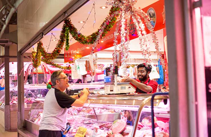 Queen Victoria Market Melbourne events christmas holidays stalls food drink workshops december top best good 3
