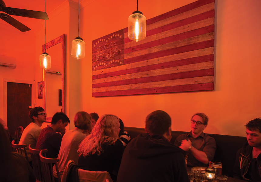White Oaks Saloon – American Diners