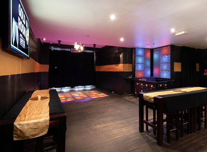 Club Retro <br/> Fun CBD Nightclubs