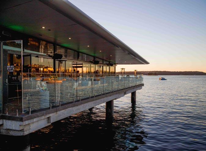 Empire Lounge <br/>Top Waterfront Restaurants