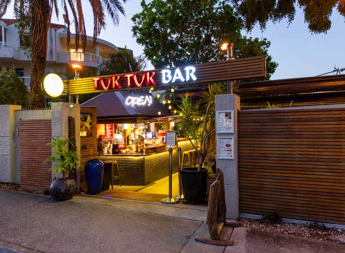Temple Thai & Tuk Tuk Bar – Beer Gardens
