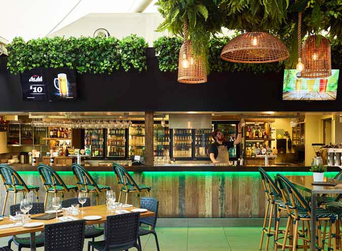 The Glen Hotel restaurant eight mile plains trivia restaurants brisbane dining top outdoor australian pub classic large 1