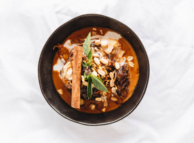 Pawpaw cafe venue hire brisbane wooloongabba brunch dinner thai vegetarian vegan function 3