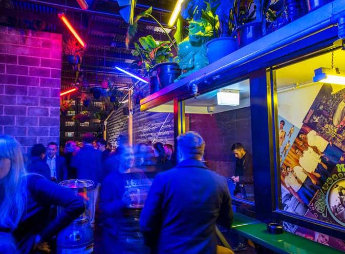 Heroes – Rooftop Karaoke Bar