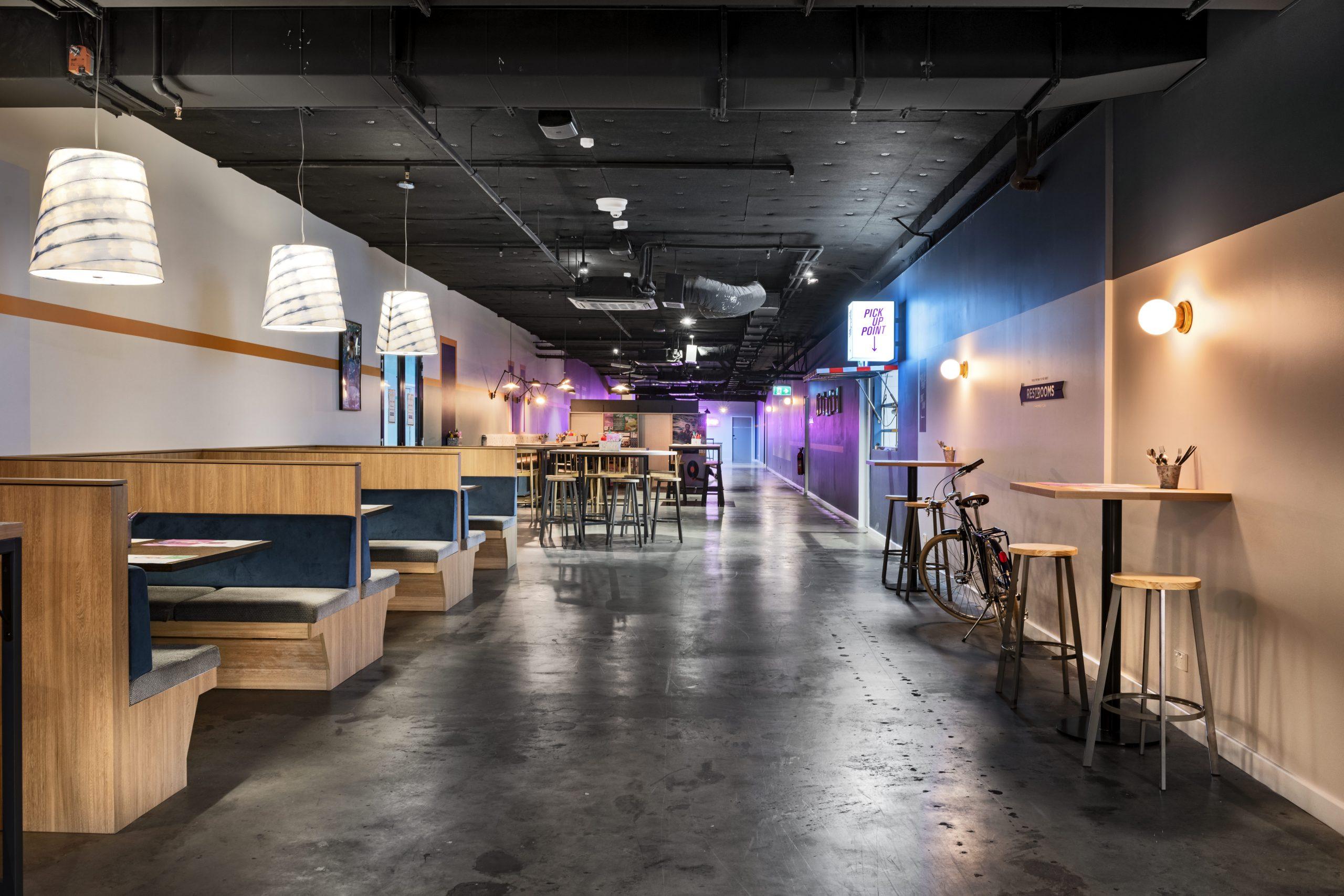 Lazy Lee Burger Bar <br/>Unique Fun Bars
