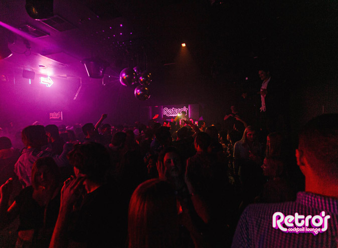 Retro's – Bars & Nightclubs