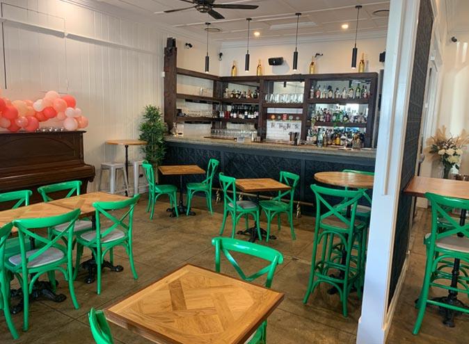 Neesh <br/> Best Cafes & Restaurants