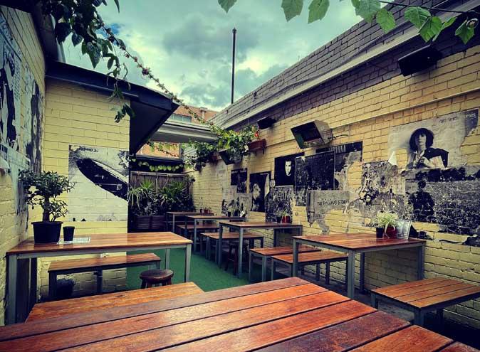 bergy seltzer bar bars best good top live music beer garden brunswick melbourne 16