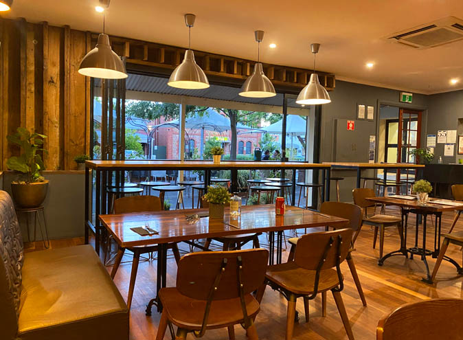 Rob Roy Hotel <br/> Modern Pubs
