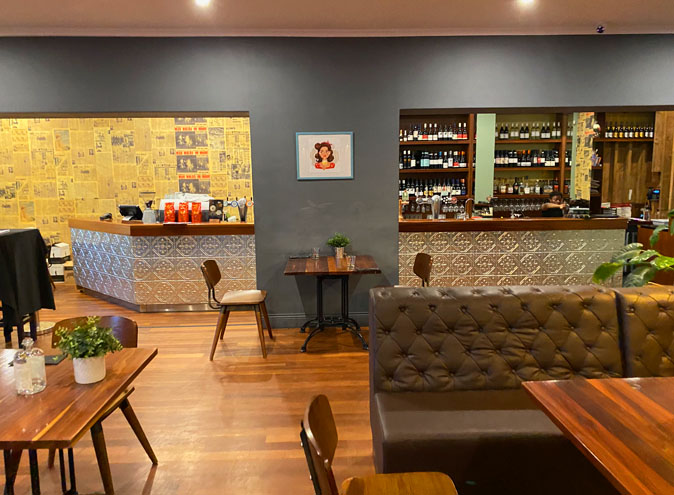 Rob roy hotel venue hire adelaide function rooms venues birthday party event wedding engagement corporate room small event cbd 0010 11