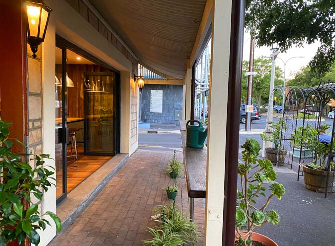 Rob roy hotel venue hire adelaide function rooms venues birthday party event wedding engagement corporate room small event cbd 0010 5