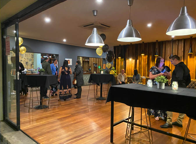 Rob roy hotel venue hire adelaide function rooms venues birthday party event wedding engagement corporate room small event cbd 0010 6