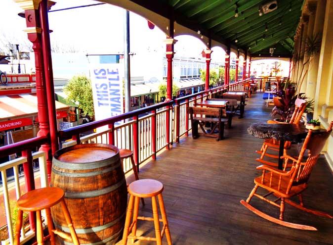 Beerpourium <br/> Awesome Pub Hire