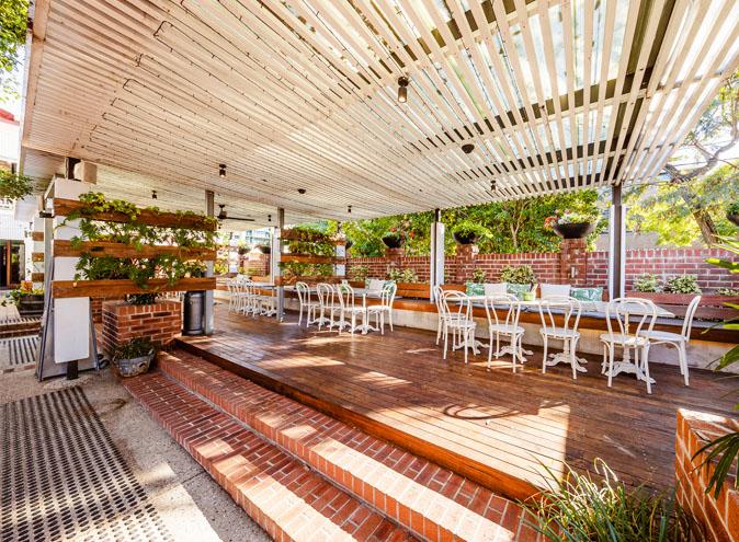 Norman hotel bars brisbane bar woolloongabba beer garden outdoor pub top best good 002