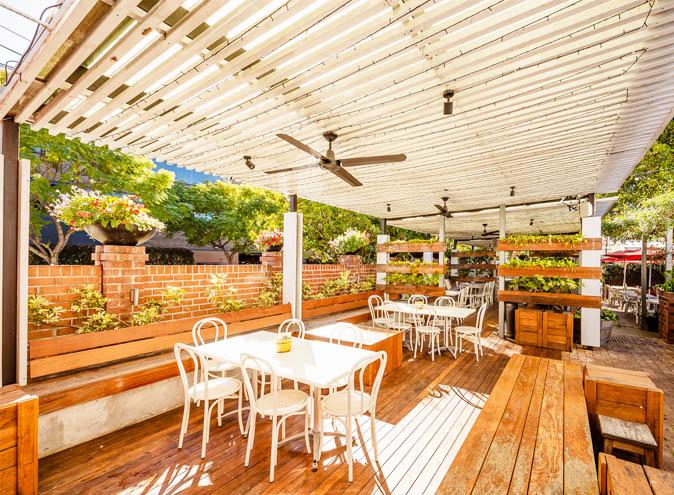 Norman hotel bars brisbane bar woolloongabba beer garden outdoor pub top best good 003