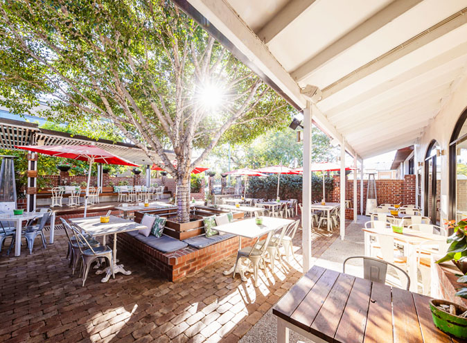 Norman hotel restaurants brisbane restaurant woolloongabba dining top best good pub beer garden eatery 005